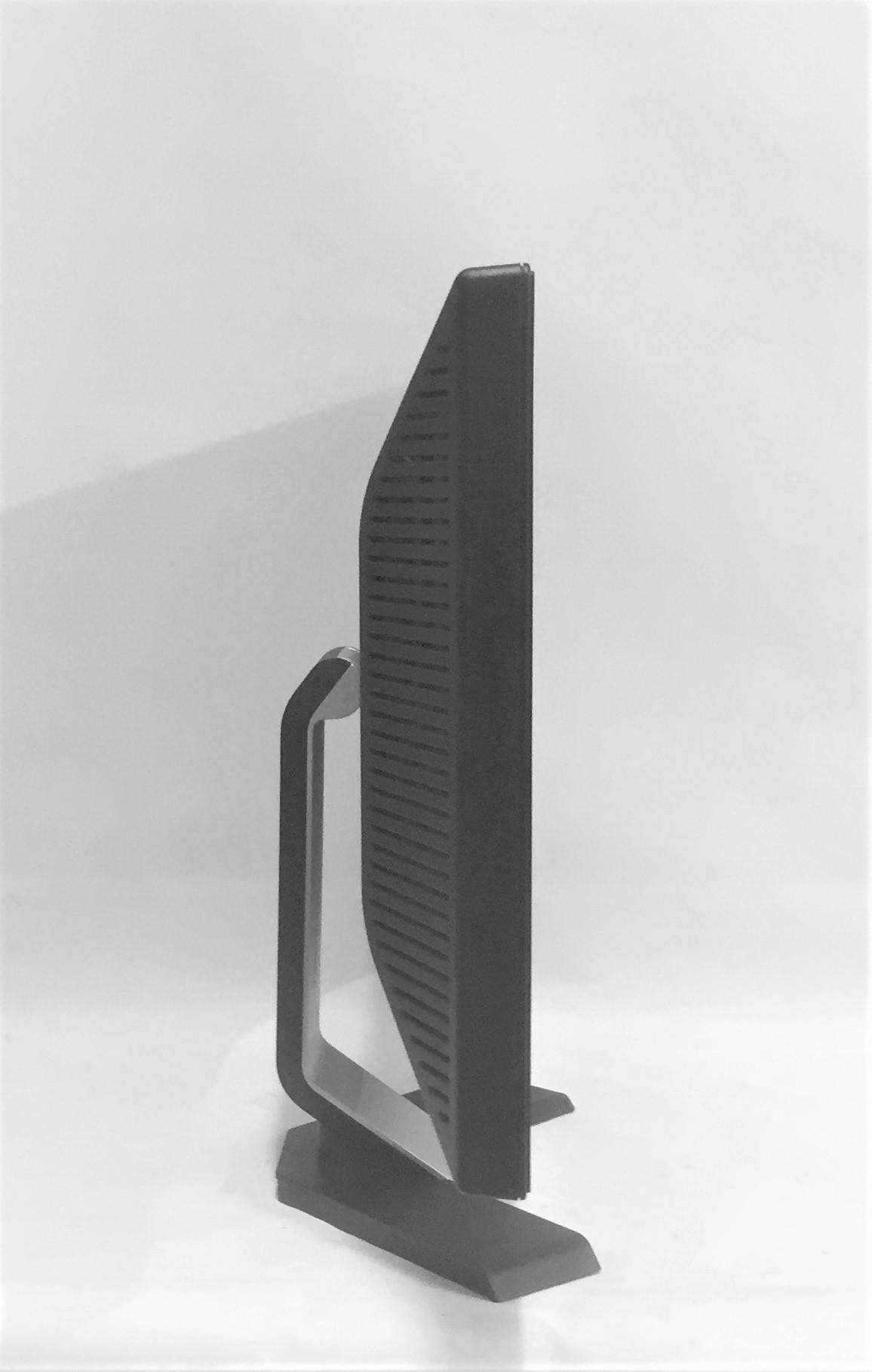 Dell E228WFPc No 2