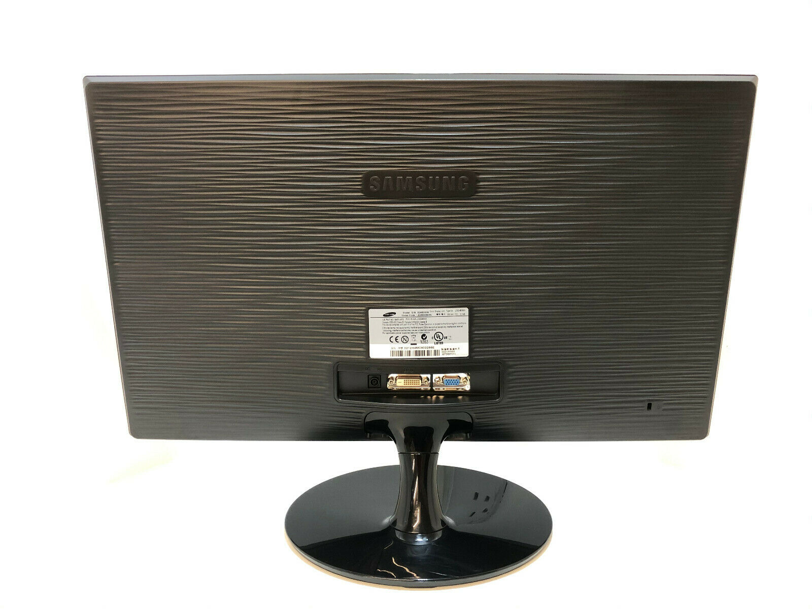 Samsung S24B300 No 4