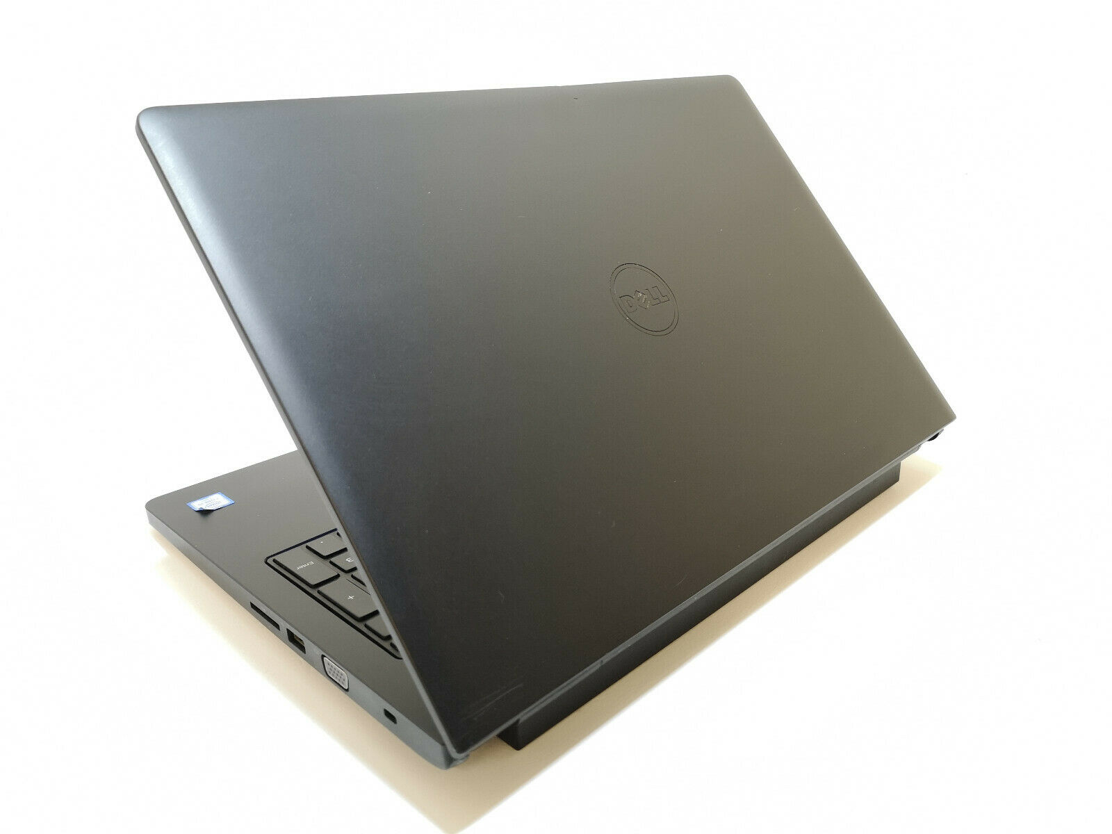 Dell Latitude 3570 No 5