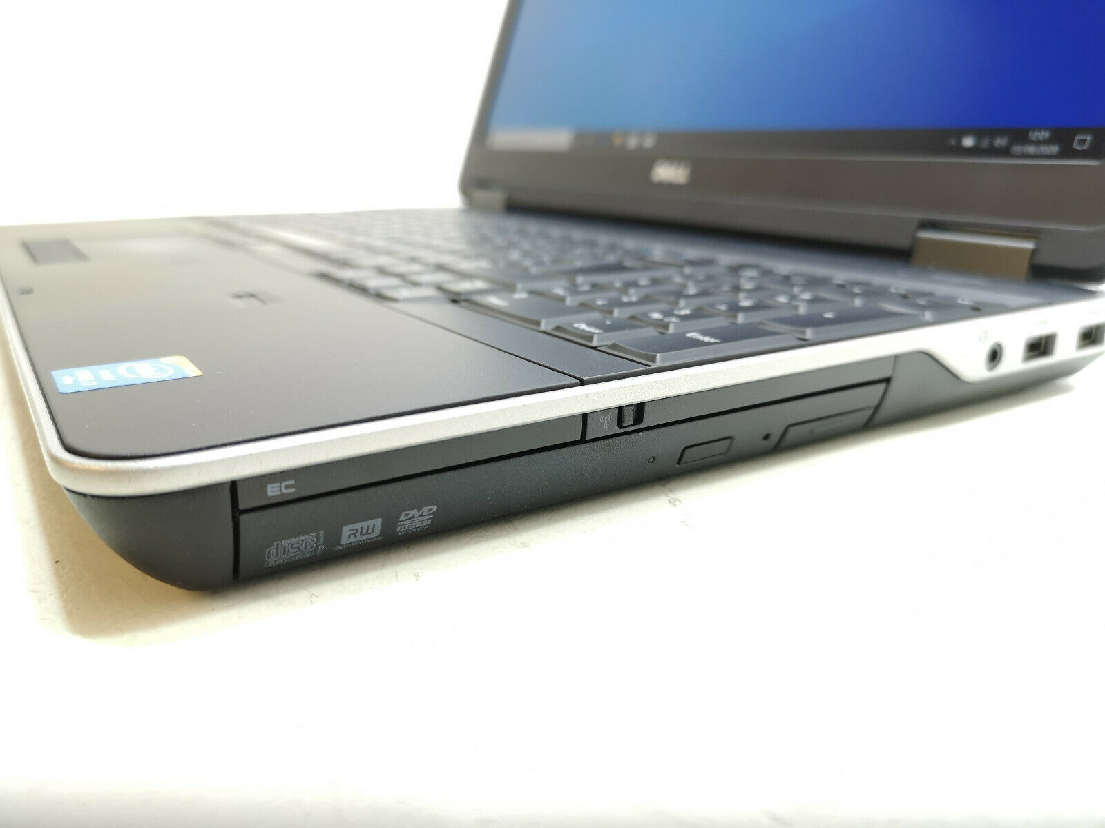 Dell Precision M2800 No 4