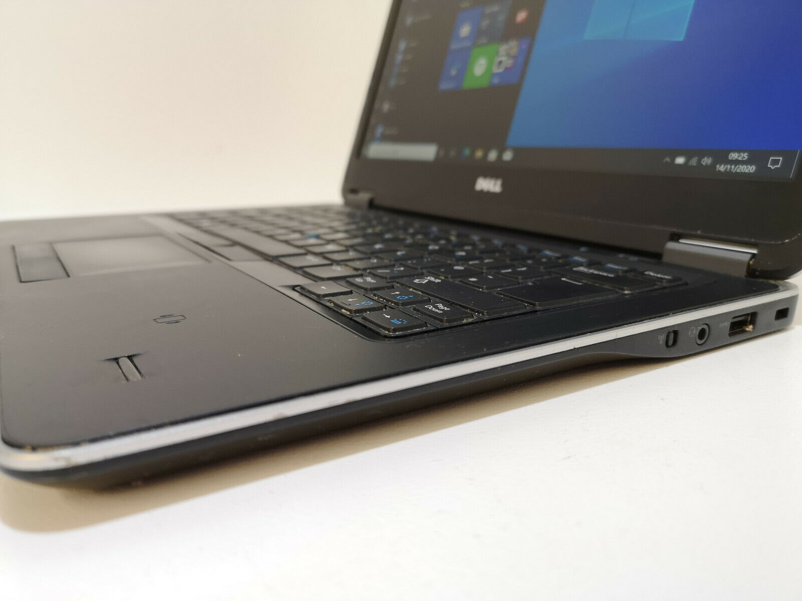 Dell Latitude E7440 No 4