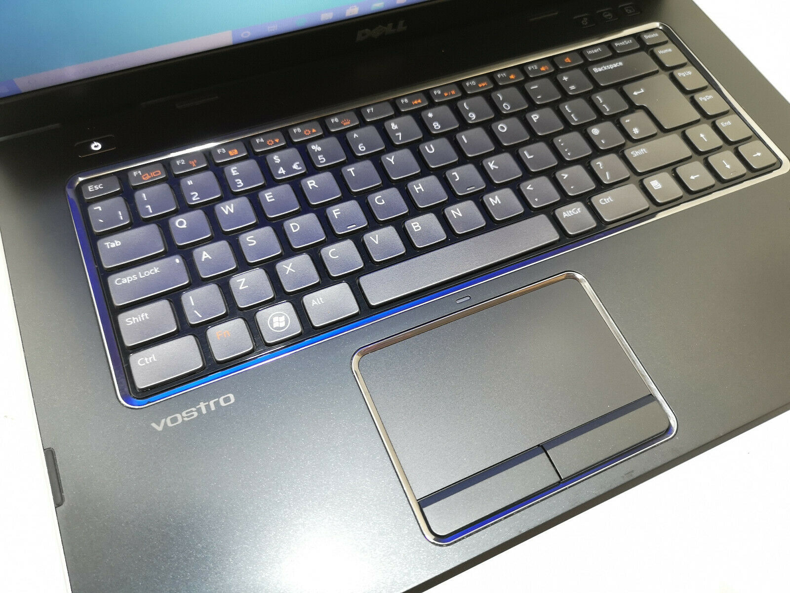 Dell Vostro 3550 No 2